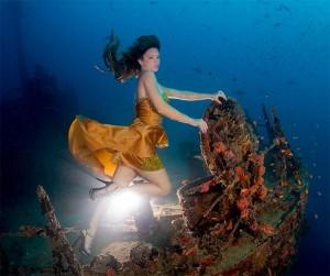 Mermaid Kat works as an underwater model and underwater stunt woman