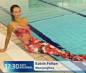 Watch the amazing mermaid videos of Kat swimming with sea creatures