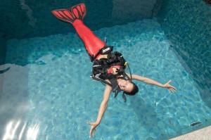 Professional Mermaid Kat is a PADI Scuba Instructor