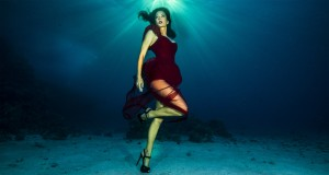 Fashion shoot with underwatermodel Kat