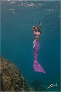 Become a mermaid - Underwater Mermaid Model Kat