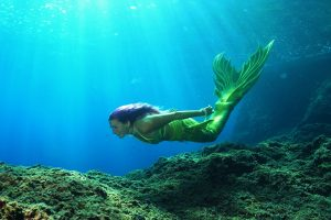 Sirena Francesca is a mermaid from Italy