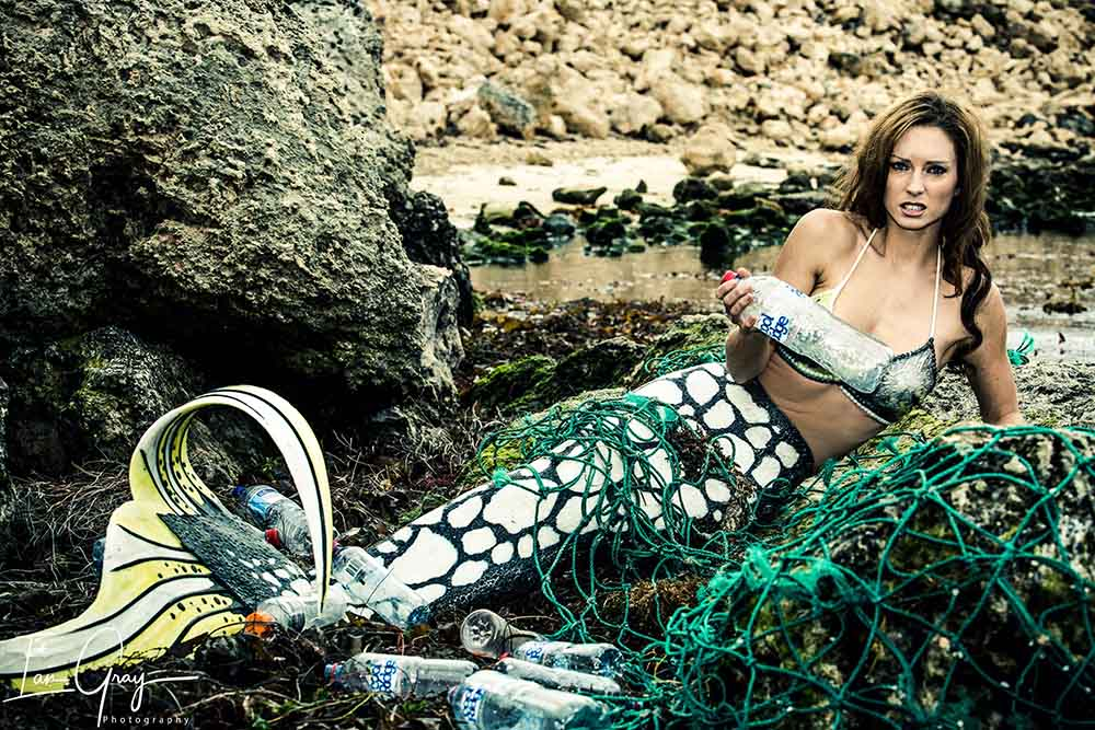 Perth Mermaid Kat supports GreenBatch in war against Plastic