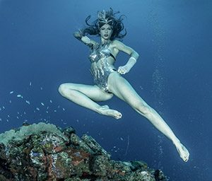 Katrin Gray is an underwater model