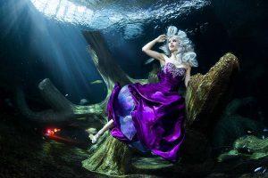 Underwater model shoot Katrin Gray Mermaid Kat and Konstantin Killer