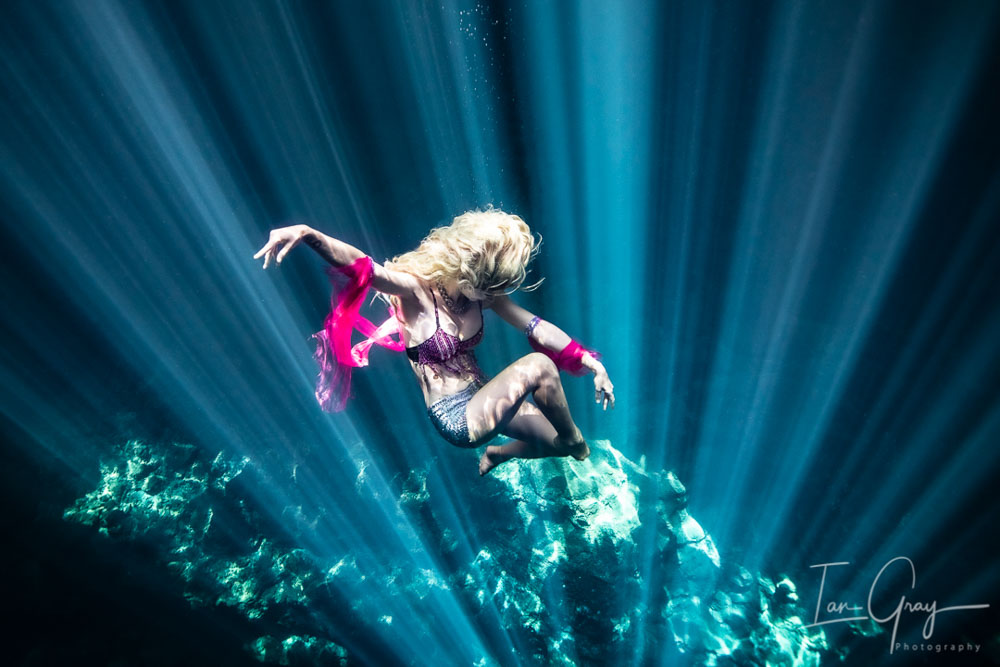 Underwater Modelling in the Maldives